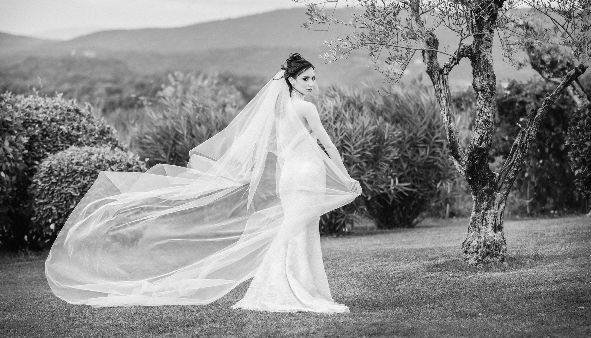 Abiti di sposa - Zea Couture-min