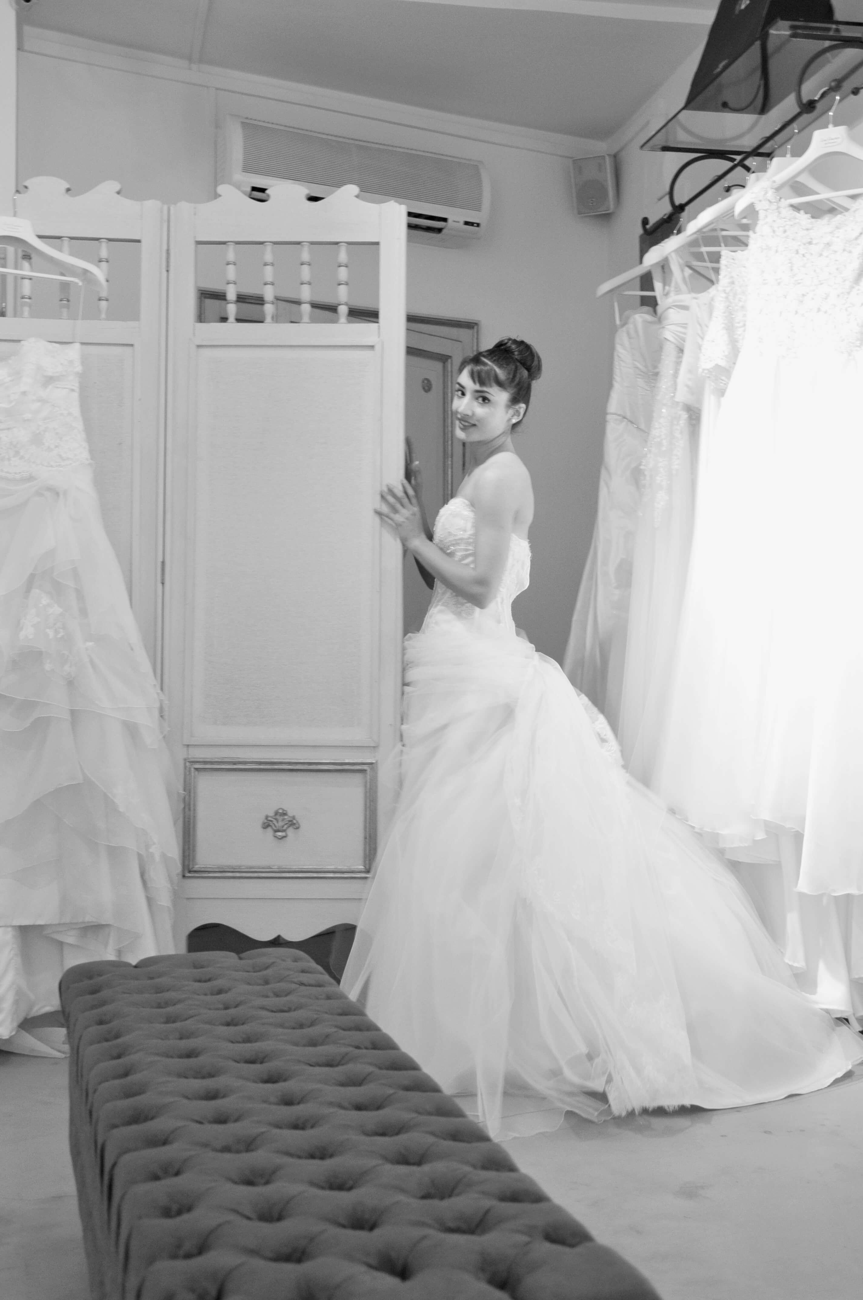 Collezione 2012 - Zea Couture Abiti da Sposa 6