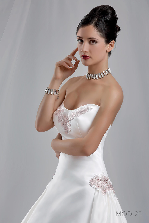 Mod.20 – Zea Couture – Abiti da Sposa 2