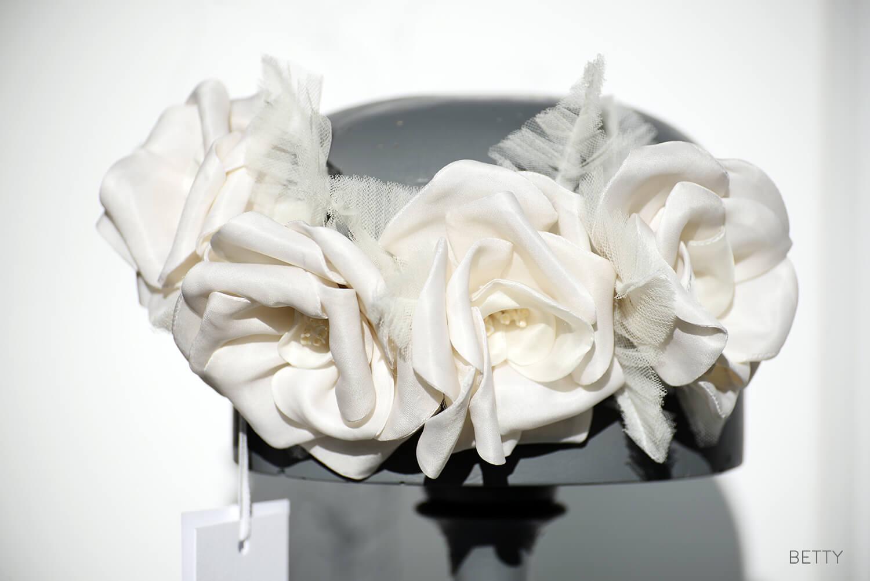 betty - Decorazioni Floreali - Zea Couture Abiti da Sposa