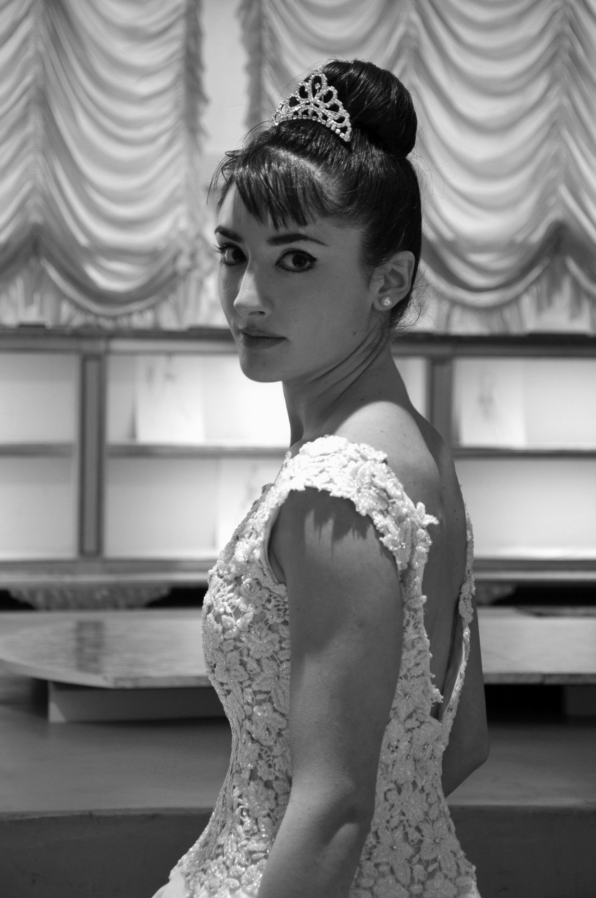 Collezione 2012 - Zea Couture Abiti da Sposa 8
